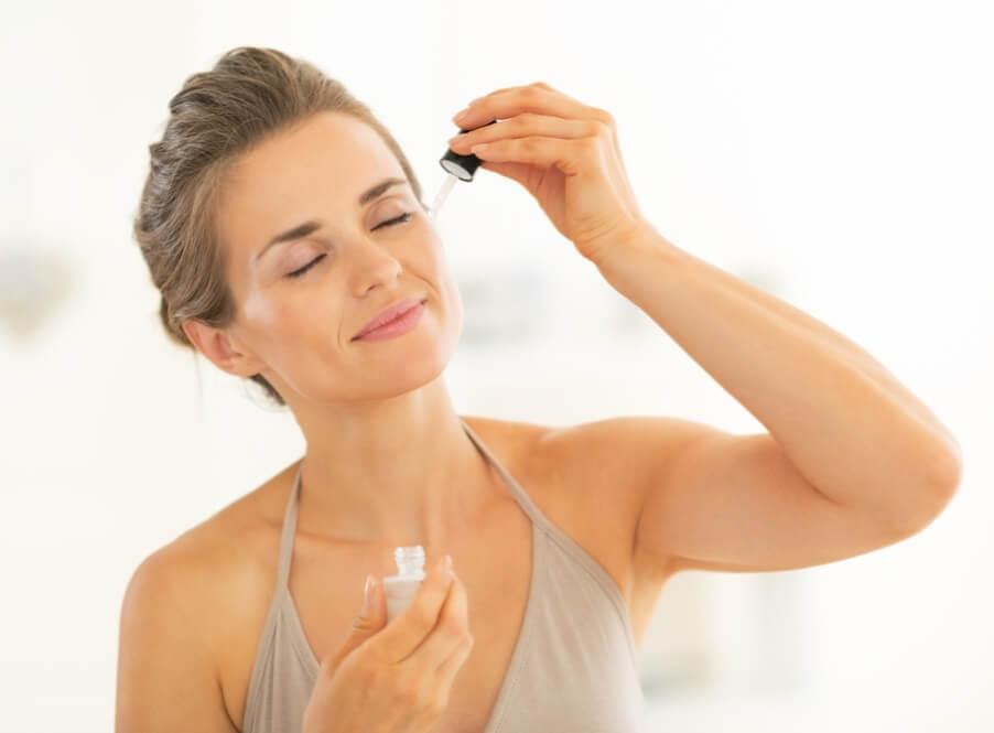 Sử dụng serum hàng ngày là cách tái tạo làn da nhanh và hiệu quả nhất