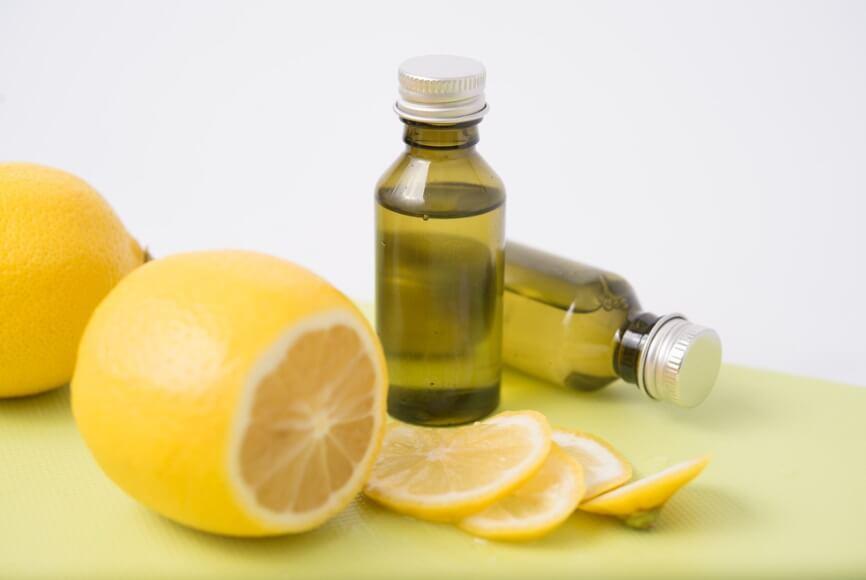 Vitamin C tự nhiên có khả năng hoạt động tốt nhưng dễ bị oxy hóa