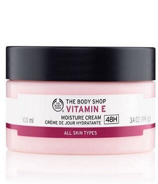 Kem dưỡng da chứa vitamin E thebody shop