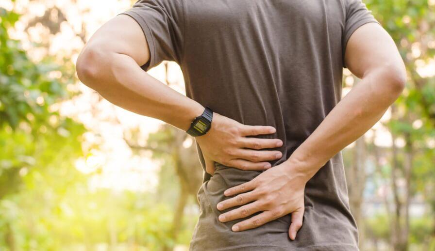 Glucosamine có tác dụng rõ rệt trong việc giảm đau thắt lưng