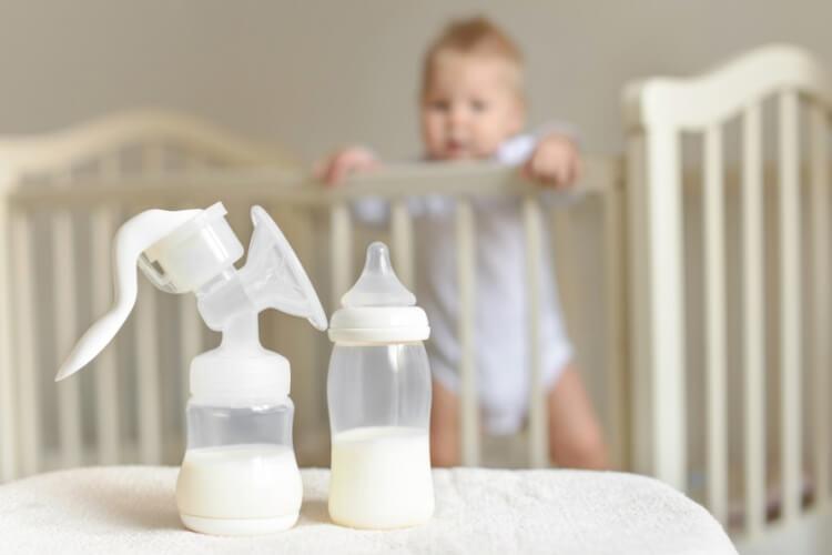 Máy hút sữa là công cụ đắc lực cho các mẹ bỉm sữa
