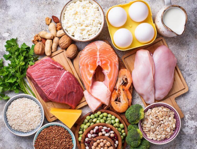 Tăng cường ăn thức ăn giàu protein, bổ sung sữa trong chế độ dinh dưỡng hàng ngày