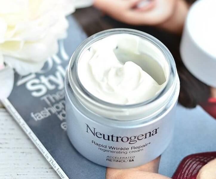 Kem dưỡng Neutrogena Rapid Wrinkle có khả năng xóa nếp nhăn cực tốt