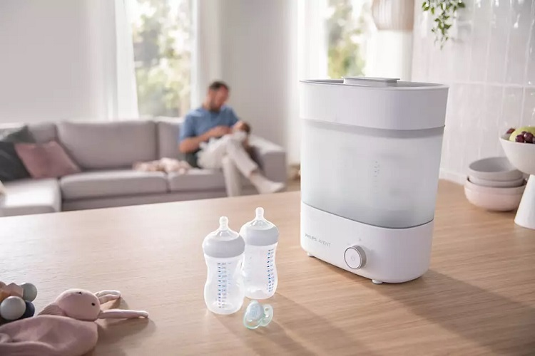 Máy tiệt trùng bình sữa chạy bằng điện là loại được ưa chuộng nhất
